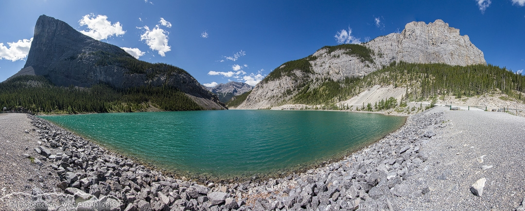 201506_canmore_pano.jpg